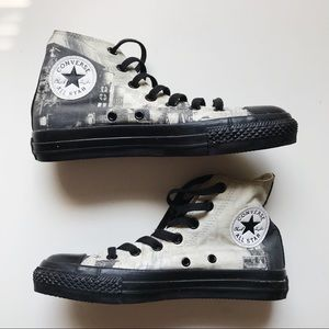 25cb15e1da2a Converse Shoes - arkham city batman   catwoman converse